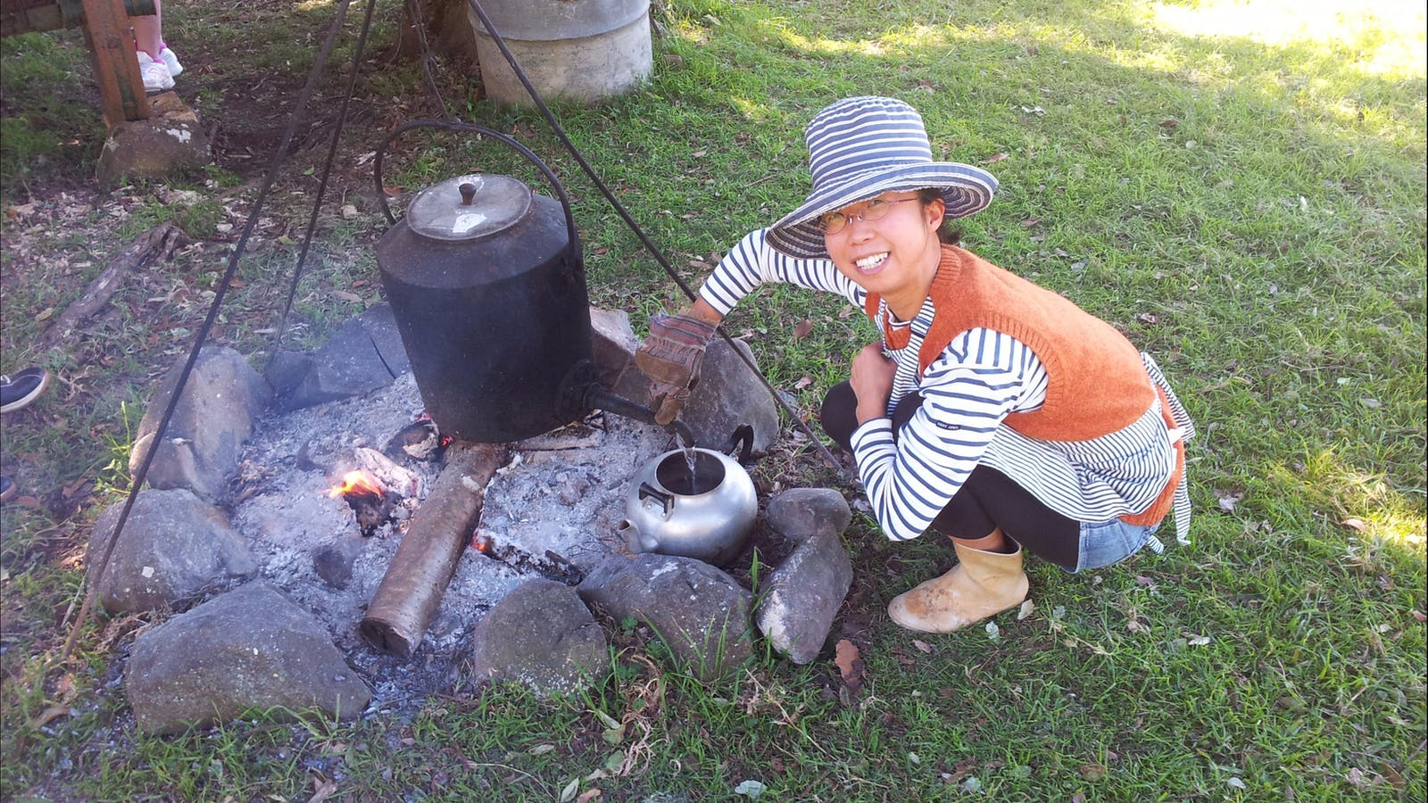 Making billy tea at Mystery Mountain Farmstay