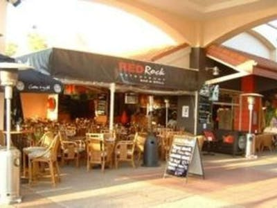 Red Rock Bar & Grill