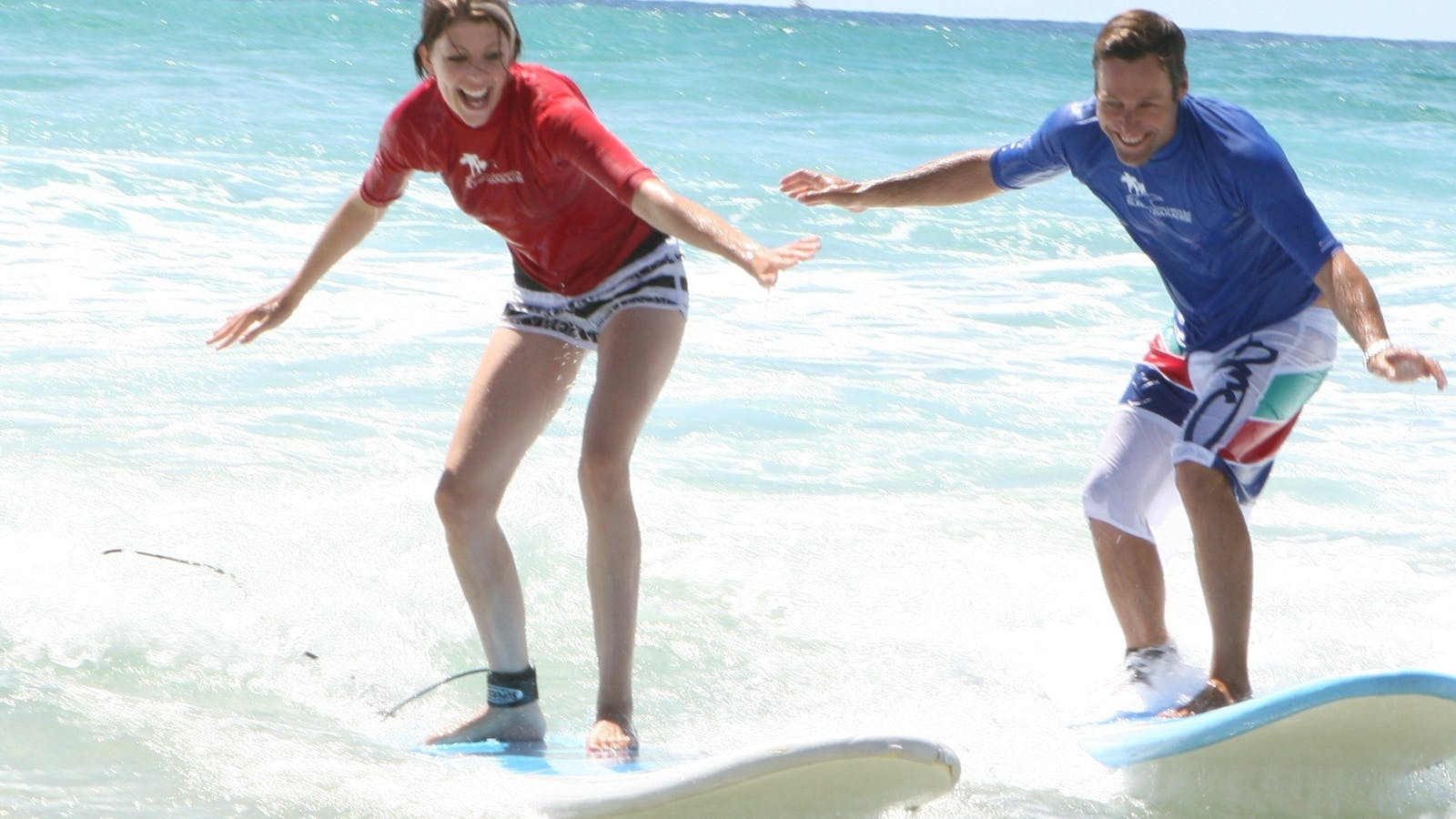 private surf lessons Surf school Surfers Paradise Learn to surfe