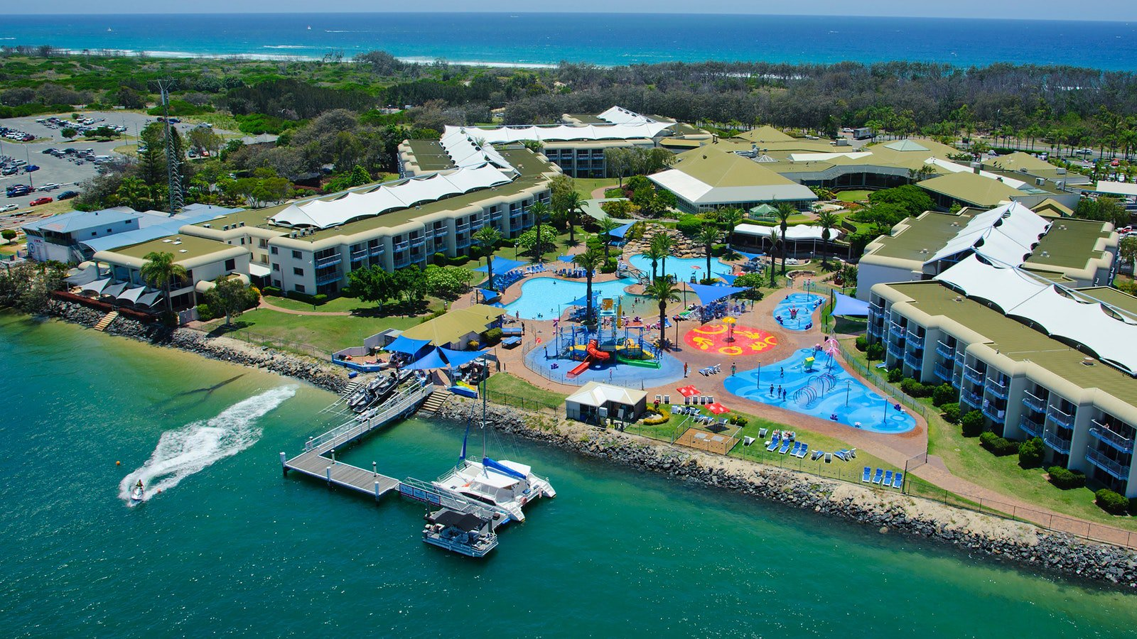 Sea World Resort and Water Park Main Beach  Destination