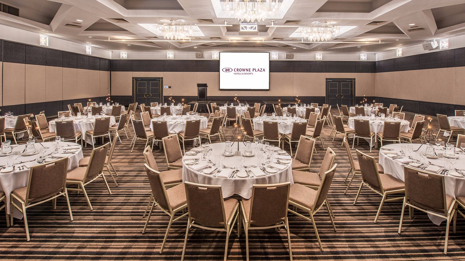 Function Room Crowne Plaza Surfers Paradise