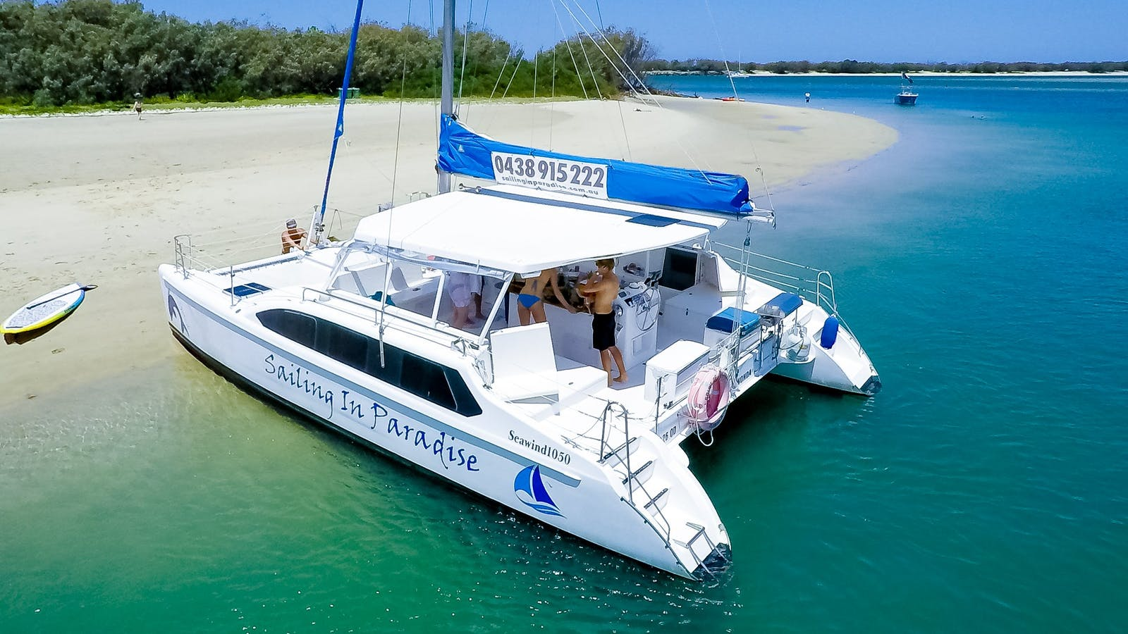 Private boat hire with Sailing in Paradise