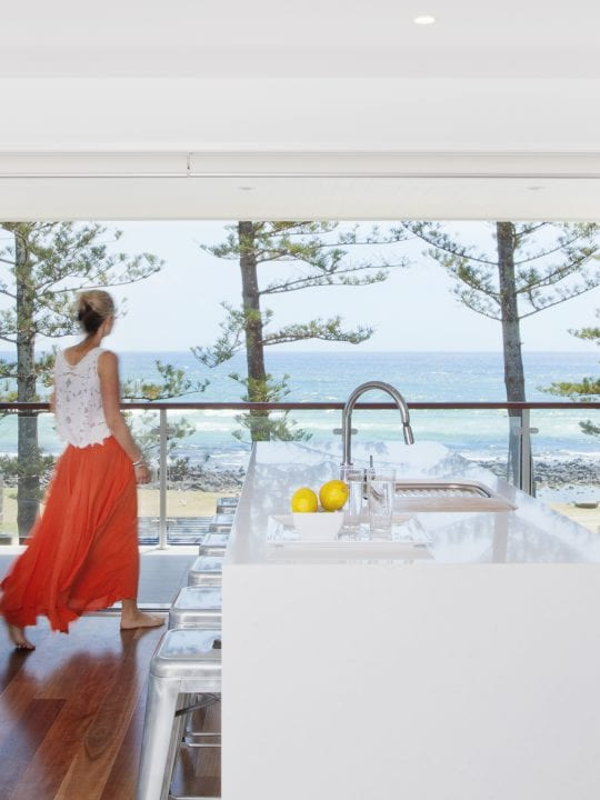 Three Bedroom Apartment at Bujerum Holiday Apartments On Burleigh.